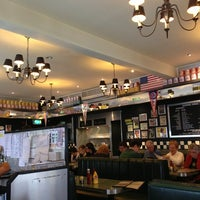 Das Foto wurde bei Buddies Diner von bsoltan am 3/23/2013 aufgenommen