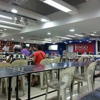 Photo taken at Bingo Dinero by Karl Lou P. on 11/3/2013