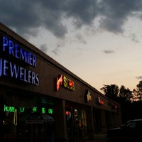 Photo taken at Premier Jewelers by James M. on 5/30/2014