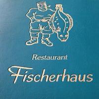 Foto tirada no(a) Fischerhaus por Martin J. em 1/18/2014