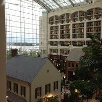 Das Foto wurde bei Gaylord National Resort & Convention Center von Monica F. am 5/14/2013 aufgenommen