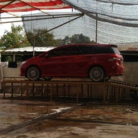 Photo taken at Car Wash Tiban II by Tyar M. on 6/24/2013