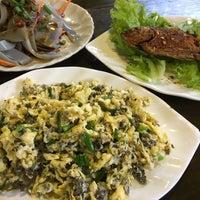 Photo taken at 民食香 by kaz080 on 9/23/2017