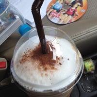 Photo taken at Tonkluay Cafe by Saravut on 11/27/2012