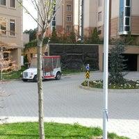 Photo taken at Taşdelen CarpeDiem Konutları Satış Ofisi by Murat T. on 4/6/2013