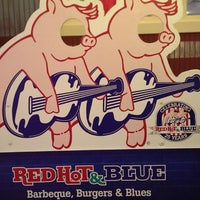 Photo taken at Red Hot & Blue  -  Barbecue, Burgers & Blues by Jerry P. on 4/6/2014