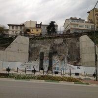 4/1/2013 tarihinde BÜLENTziyaretçi tarafından Yüzen Taşlar Heykeli'de çekilen fotoğraf