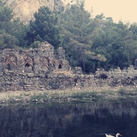 Foto diambil di Olympos Antik Kenti oleh Melek Safir pada 7/13/2013