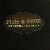 Photo taken at Fish & Beer - Petiscaria e Choperia by Murilo T. on 1/11/2013