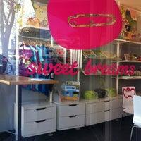 Photo taken at Sweet Breams by Tu-Anh N. on 11/8/2012