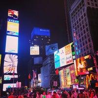 Das Foto wurde bei W New York - Times Square von Marwa H. am 6/30/2013 aufgenommen
