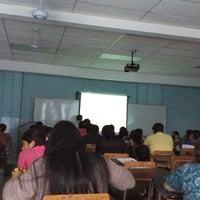 Photo taken at Universidad Salvadoreña Alberto Masferrer by Drake E. on 4/14/2015