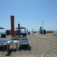 Photo taken at Mama/Dune Beach by Rossella D. on 6/17/2013