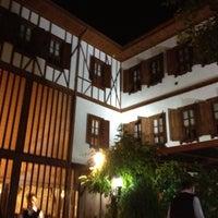 รูปภาพถ่ายที่ İmren Lokum Konak Boutique Hotel โดย Utku Tuğlu เมื่อ 10/25/2012