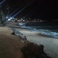 Foto tirada no(a) Praia de Jatiúca por Nor G. em 10/22/2012