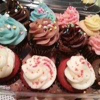 Photo taken at Cupcakes by Tom by Lucero M. on 3/3/2013
