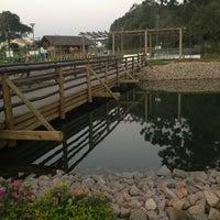 Photo taken at Bosque Municipal de Pinhais by Andre Alves d. on 8/22/2013