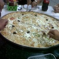 Photo taken at Skina da Pizza by Macy L. on 11/17/2012