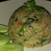 Photo taken at Little Basil Thai Cuisine by Nana B. on 9/25/2013