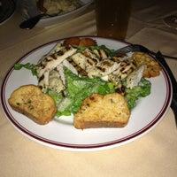 รูปภาพถ่ายที่ Uncle Jack's Steakhouse โดย Maria เมื่อ 11/18/2012