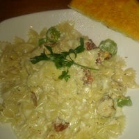 Photo taken at Claim Jumper by Tammi F. on 10/4/2012