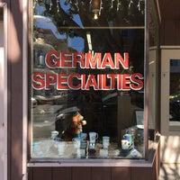 7/17/2017 tarihinde David H.ziyaretçi tarafından Lehr's German Specialties'de çekilen fotoğraf