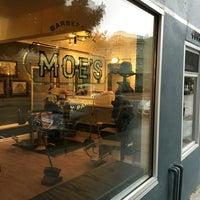 4/10/2016 tarihinde David H.ziyaretçi tarafından MOE's Barbershop and Beauty Parlor'de çekilen fotoğraf