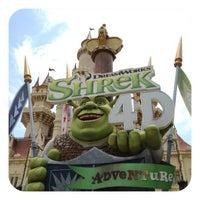 Photo taken at Shrek 4-D Adventure by Muay S. on 9/22/2012