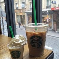 Photo prise au Starbucks par Mandy le5/15/2015