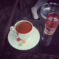 5/11/2013 tarihinde Dilek K.ziyaretçi tarafından Bachçe Cafe'de çekilen fotoğraf