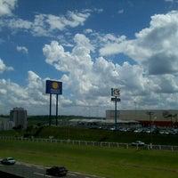 Foto tirada no(a) Franca Shopping por Maissa B. em 11/28/2012