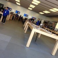 Photo taken at Apple Store by Angel on 4/12/2013