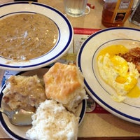 Photo taken at Bob Evans Restaurant by Michael V. on 11/18/2012