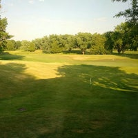 Photo taken at Meadowbrook Golf & Country Club by David H. on 6/19/2016