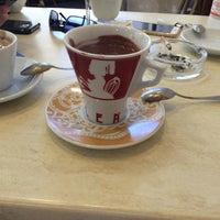 Photo taken at Cafe Mediceo by Murat K. on 9/4/2016
