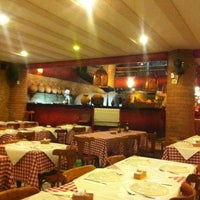 Photo taken at Lorenzo Pizzeria & Cantina by Germano N. on 4/14/2013