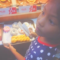 Photo taken at Mister Donut by Momeiii on 9/20/2014