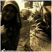 Photo taken at LIPIA (Lembaga Ilmu Pengetahuan Islam dan Arab) by Devi A. on 4/11/2013
