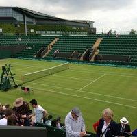 6/27/2013 tarihinde Falsaziyaretçi tarafından The All England Lawn Tennis Club'de çekilen fotoğraf