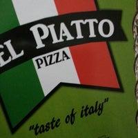 8/18/2013 tarihinde Ozanziyaretçi tarafından Bel Piatto Pizza'de çekilen fotoğraf