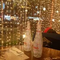 12/28/2012 tarihinde Mina✨✨ziyaretçi tarafından Cafe Palas'de çekilen fotoğraf