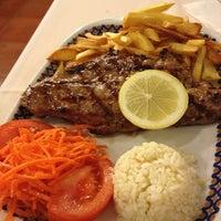 Foto tirada no(a) Restaurante A Grelha por Dê em 1/4/2013