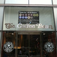 Photo taken at The Coffee Bean & Tea Leaf by Marc G. on 9/19/2011