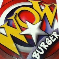 Foto tirada no(a) Wow Burger por Rachel S. em 6/13/2012