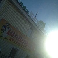 12/8/2013 tarihinde Tanya T.ziyaretçi tarafından Березка'de çekilen fotoğraf