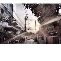 Photo taken at กรุงเทพ-นนทบุรี 37 by Ekkapol Y. on 12/27/2013