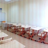 Photo taken at Özel Deva Eğitim Kurumları - Anadolu Sağlık Meslek Lisesi by Fatih on 8/23/2013
