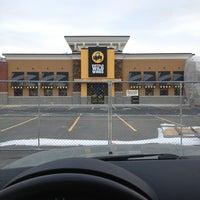 Photo taken at Buffalo Wild Wings by Devin on 12/10/2013
