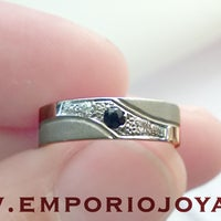 Photo taken at Emporio Joyas by Emporio Joyas on 12/5/2016