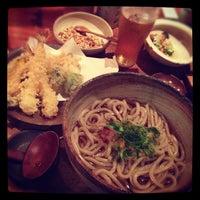 Foto tomada en Udon Yamacho por Eri Y. el 10/18/2012